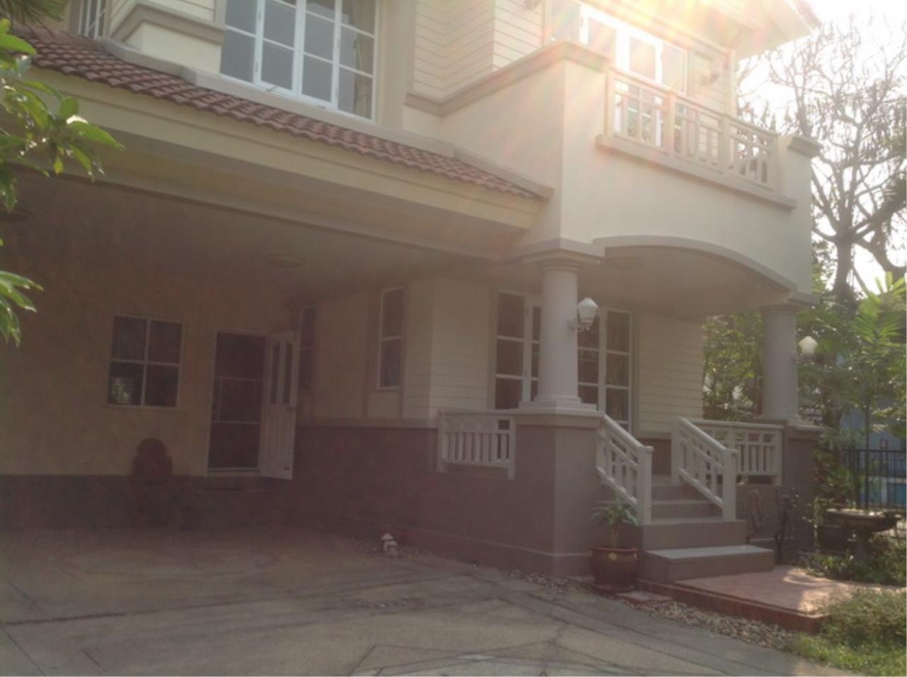37798 - Single House for sale Pracha Uthit Road 75 sqw, ภาพที่ 1