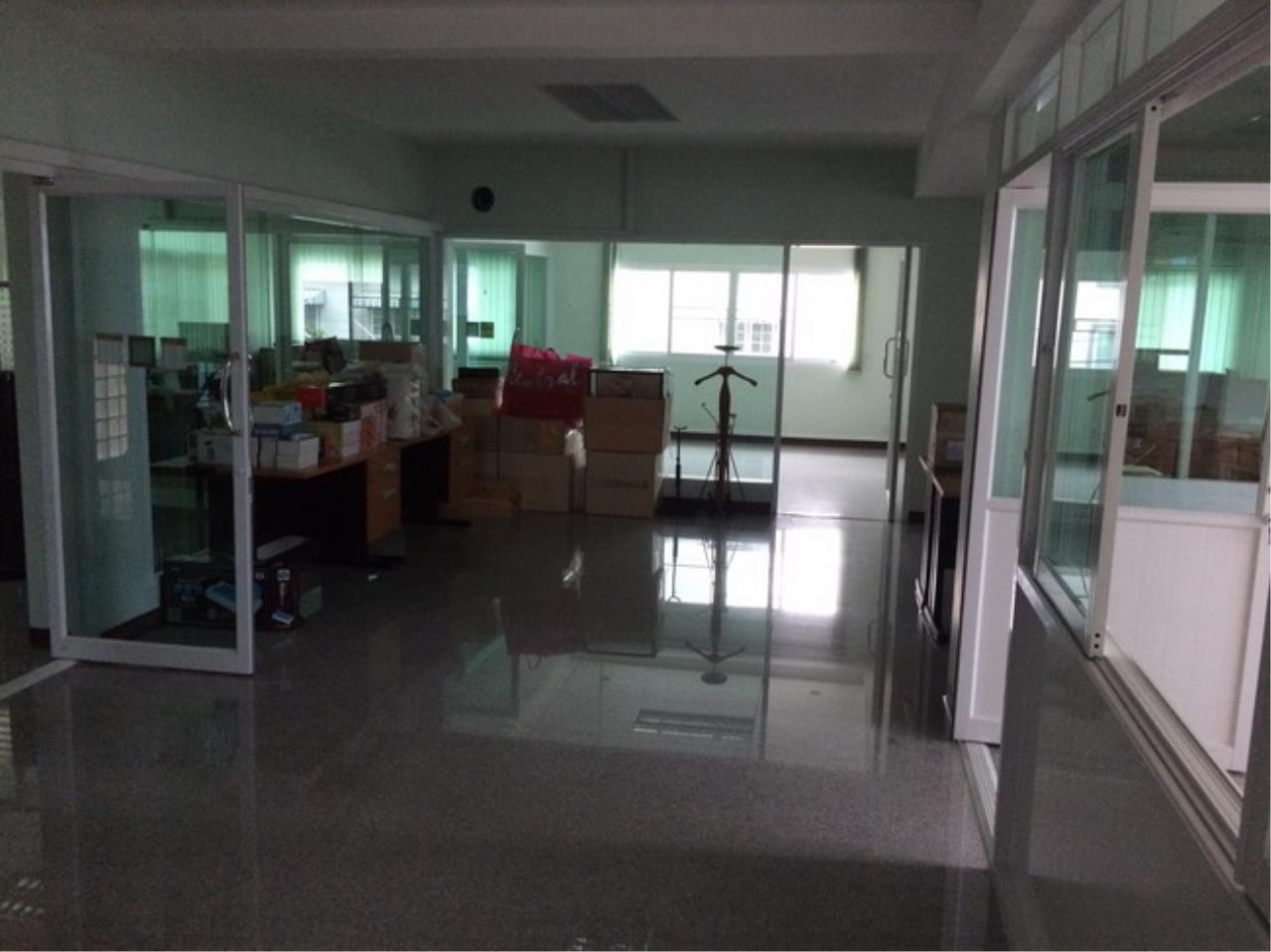 37686 Office building Sathupradit Road 100 sqw, ภาพที่ 3