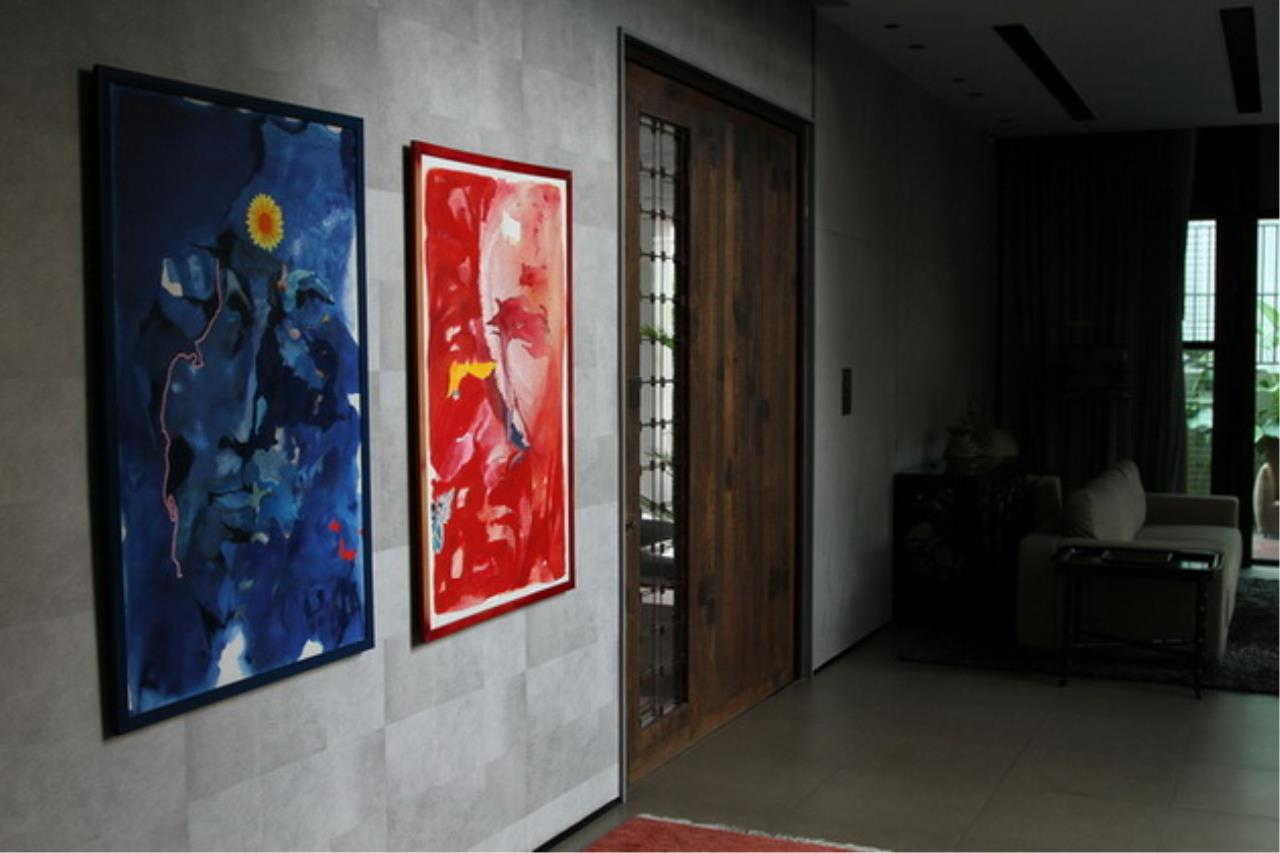 Luxury House with Pool Phrom Phong - 752 Sqm Total area 1250 Sqm - For sale 270 MB THB, ภาพที่ 3