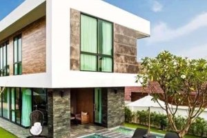 For Sal HOT DEAL!!! Modern Pool Villa for Sale 9.99 MB.