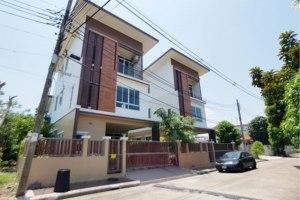 ขายบ้าน ศาลาธรรมสพน์ ทวีวัฒนา กรุงเทพมหานคร