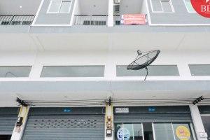 ขายหรือให้เช่าอาคารพาณิชย์ 3 ชั้น ถ.ข้าวหลาม ห้วยกะปิ · เมืองชลบุรี · ชลบุรี