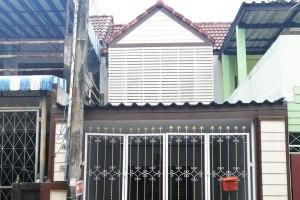 ขายทาวน์โฮม 2 ชั้น ในโครงการ บ้านรัชกร อ่างศิลา-บางแสน 19 รีโนเวทสวย อ่างศิลา · เมืองชลบุรี · ชลบุรี