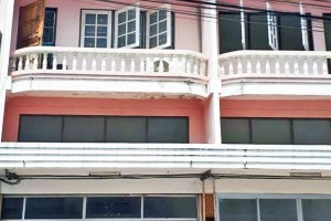 ขายอาคารพาณิชย์ 3 ชั้น  14/3 แสนสุข · เมืองชลบุรี · ชลบุรี