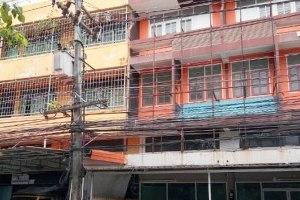 ขายอาคารพาณิชย์ 4 ชั้น บน ถ.สุขุมวิท ใกล้ตลาดหนองมน แสนสุข · เมืองชลบุรี · ชลบุรี