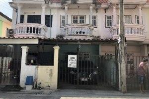 ขายทาวน์โฮม ขายทาวโฮมหลังม.บูรพา แสนสุข · เมืองชลบุรี · ชลบุรี