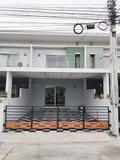 ขายทาวน์โฮม 2 ชั้น หมู่บ้านไลฟ์ซิตี้ปาร์ค ใกล้นิคม อมตะซิตี้ บ่อวิน · ศรีราชา · ชลบุรี