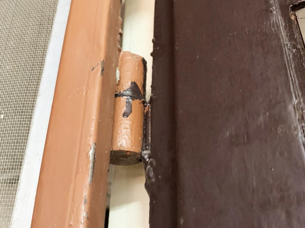 วิธีแก้ประตูดีด