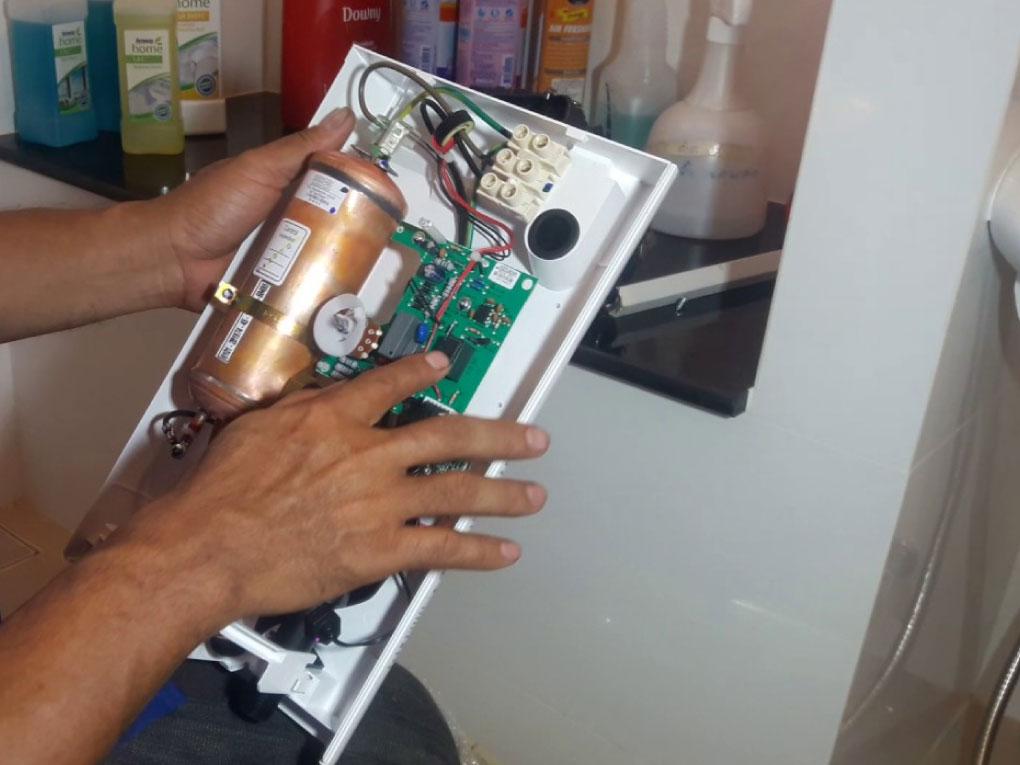 ซ่อมเครื่องทำน้ำอุ่น