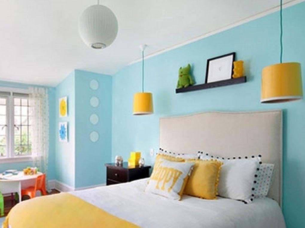 ห้องนอนสีฟ้าน้ำเงิน จับคู่กับสีเหลือง