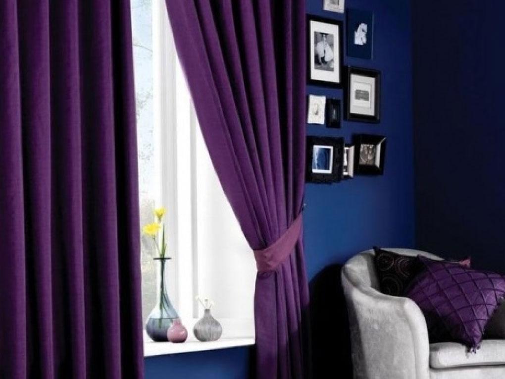 ห้องนอนสีฟ้าเข้มจับคู่สีม่วง