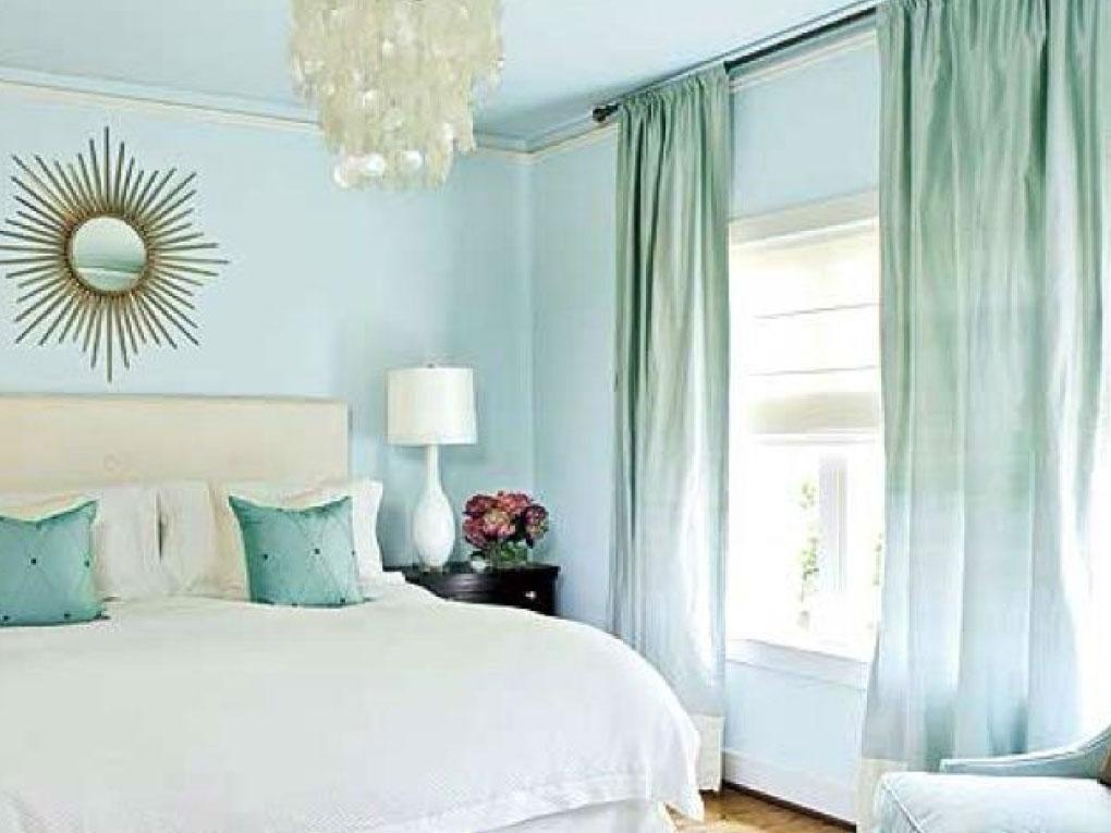 ห้องนอนสีฟ้าโทนสีเขียวมิ้นท์