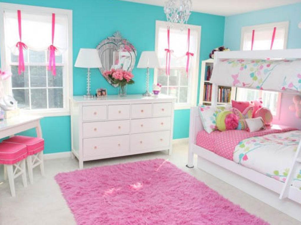 ห้องนอนสีฟ้าจับคู่สีชมพู