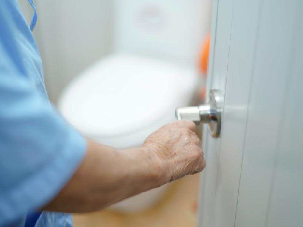 เลือกซื้อประตูห้องน้ำ