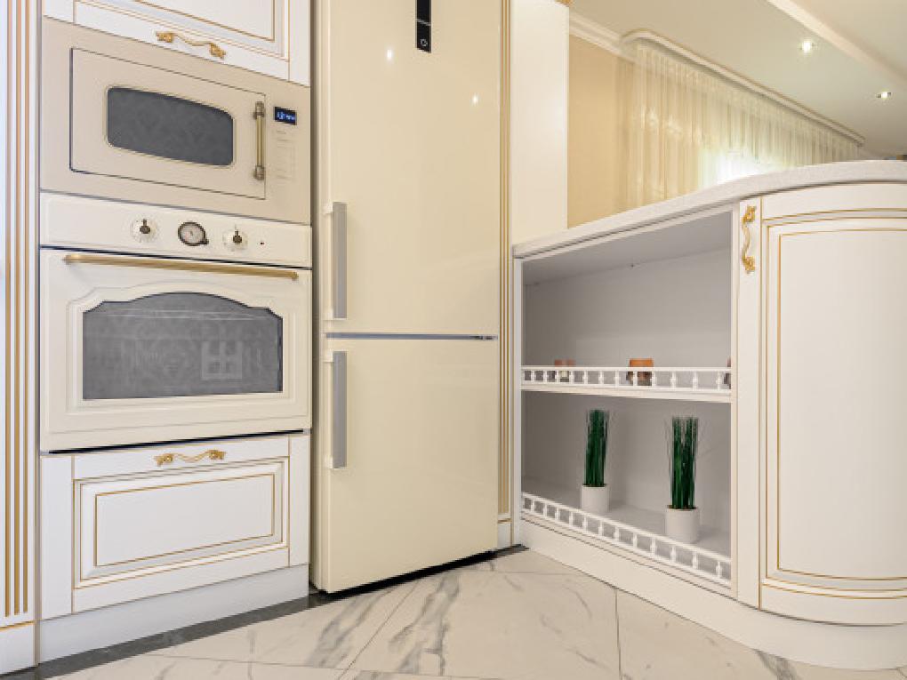 ตู้เย็นแบบแบ่งส่วนแช่บนล่าง