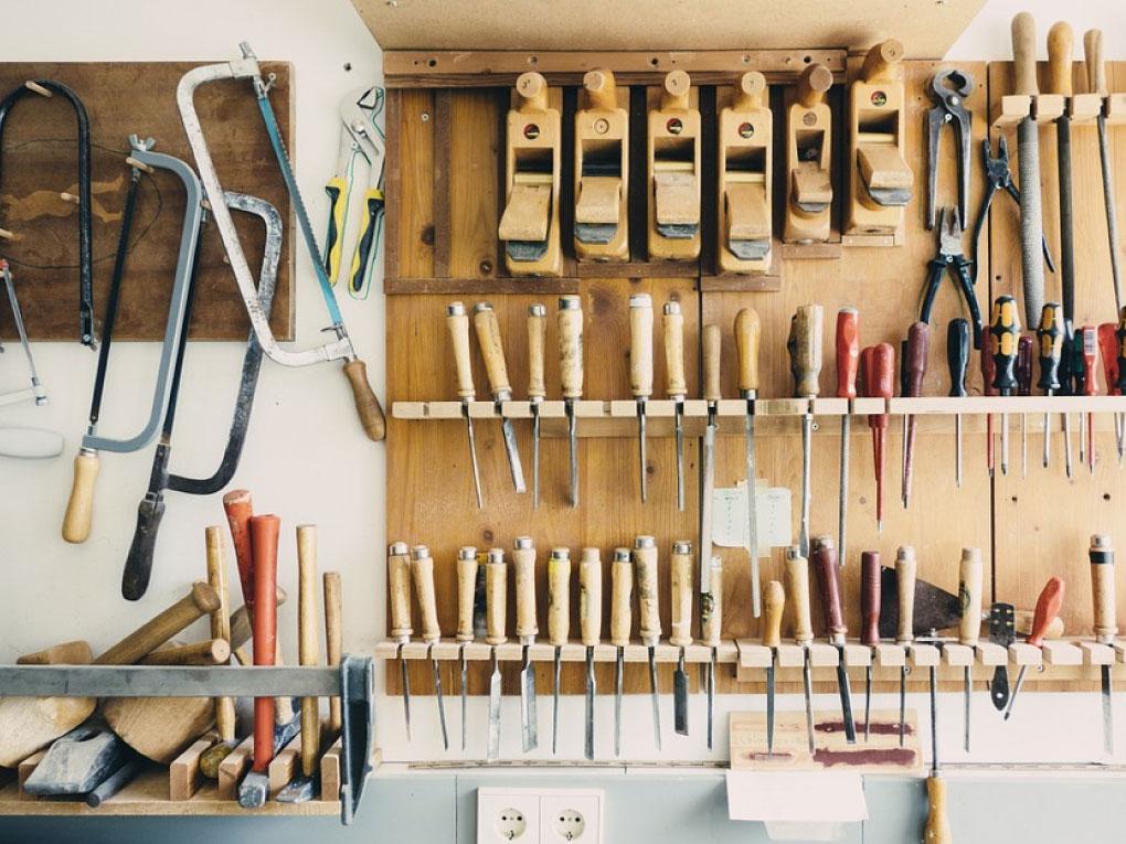 อุปกรณ์ช่างไม้
