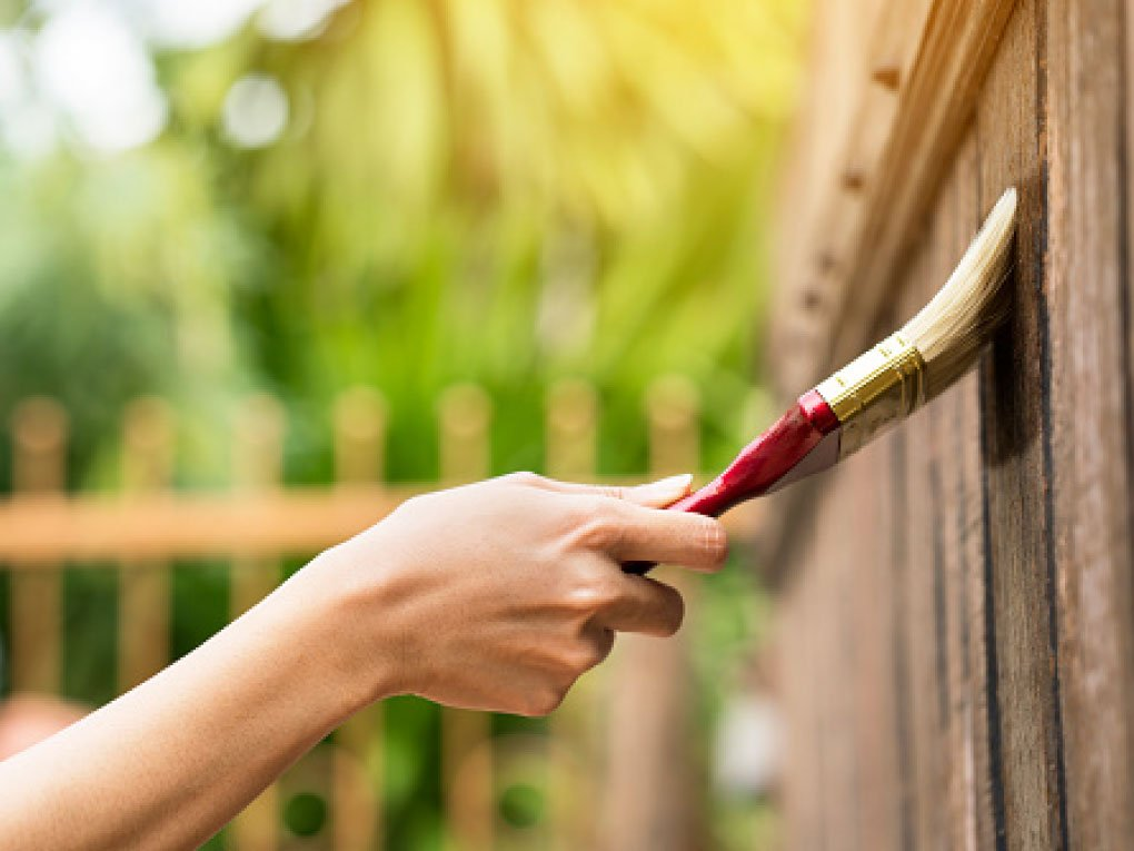 หลักการทาสีรั้วบ้าน