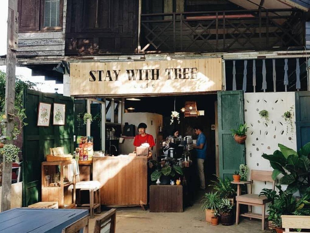 STAY WITH TREE café