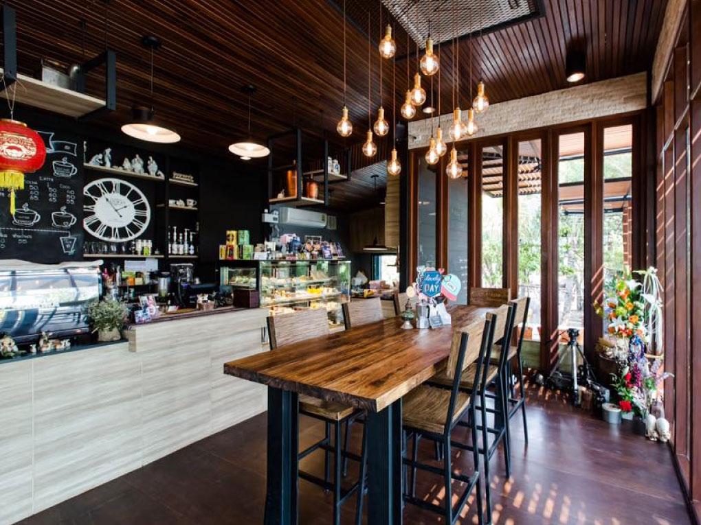 Terrace Dontum Cafe & Restaurant