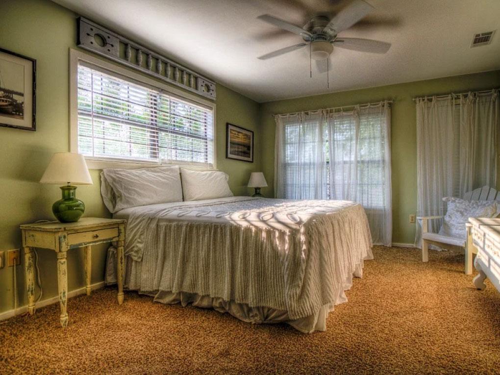 หัวเตียง เข้าหาหน้าต่าง
