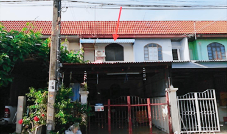 ขายถูก! ทาวน์เฮ้าส์ หมู่บ้านบัวทอง 2 จังหวัดนนทบุรี 03-88-04955