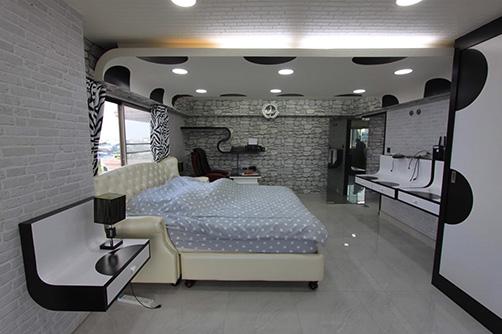 ขาย คอนโดมิเนียม 1 ห้องนอน ย่าน Samsen Nok