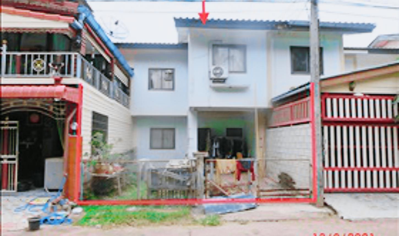 ขายถูก! ทาวน์เฮ้าส์ หมู่บ้านการเคหะชุมชนพุนพิน 03-88-05161