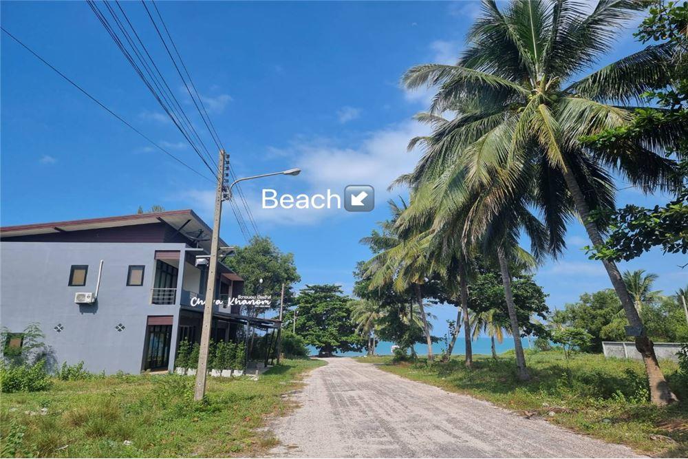 REMAX ID AD030-60E  Location Ban Na Dan Khanom Nakhon Si Thammarat Google map httpsgooglmaps9p7nfE1bSmgh5ZnW9  Land size