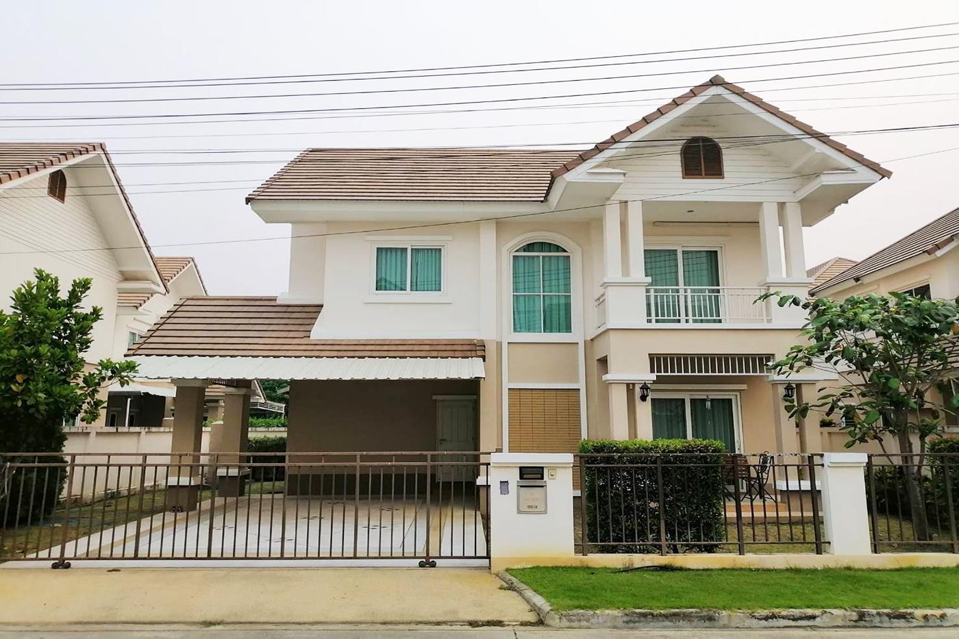 ขาย บ้าน 3 ห้องนอน ย่าน San Kamphaeng