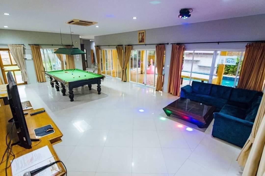 ขาย บ้าน 5 ห้องนอน ย่าน Poong