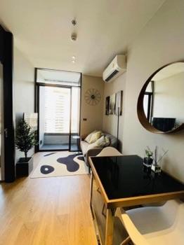 ให้เช่า คอนโด ใจกลางเอกมัย The FINE Bangkok Thonglor-Ekamai : เดอะฟายน์ แบงค็อค ทองหล่อ-เอกมัย 35 ตรม. ห้องสวย สไตล์ญี่ปุ่น พร้อมอ่างอาบน้ำ