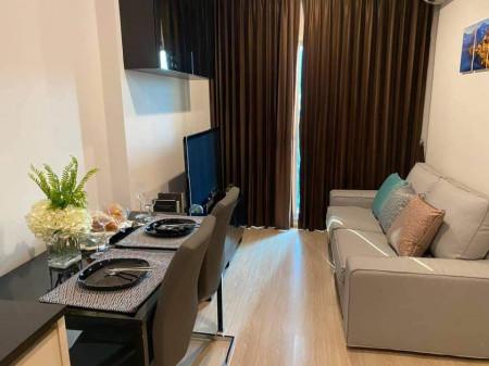 ให้เช่า Noble Revolve Ratchada Condominium ใกล้ MRT ศูนย์วัฒนธรรม