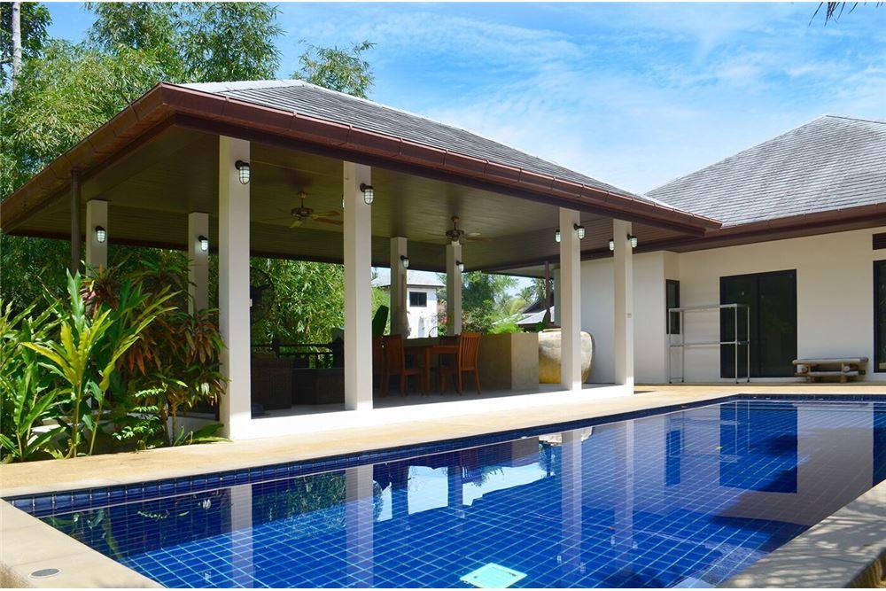 3-bedroom villa with big garden in Maenam