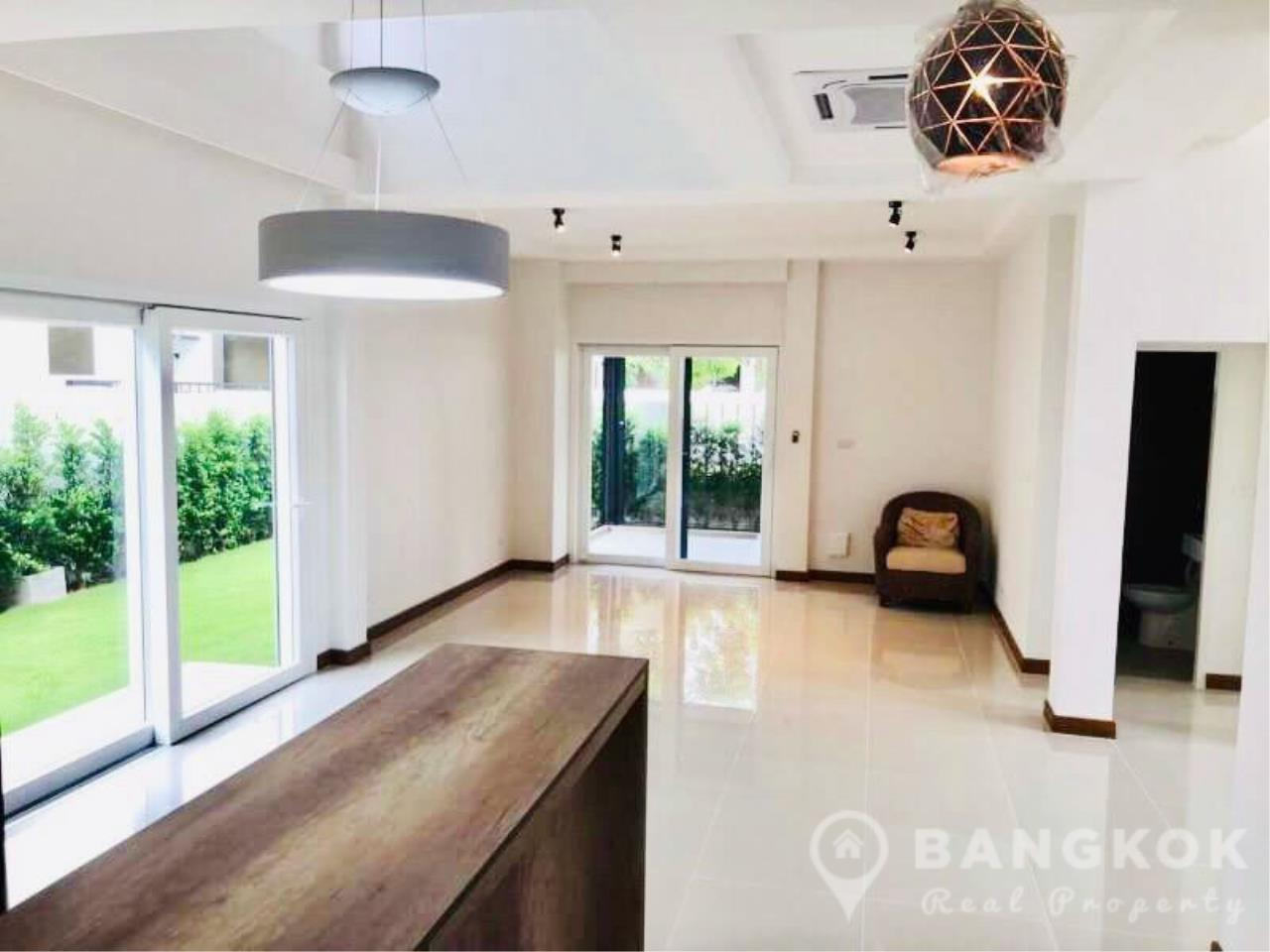 Brand New Detached 4 Bed 4 Bath House just off Srinakarin Road