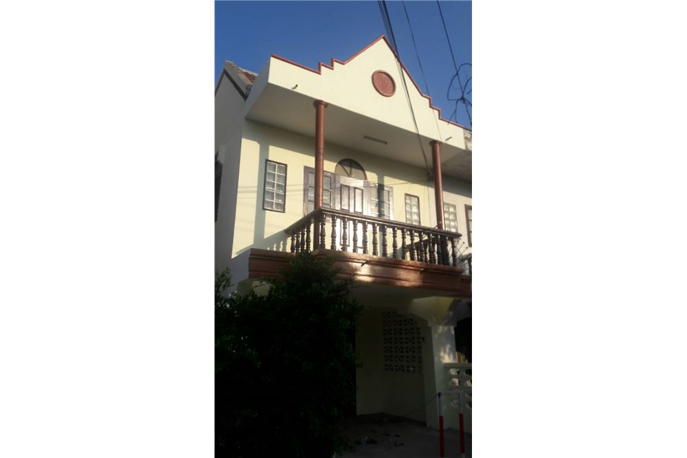 Townhouse for sale close to Cha Am beach