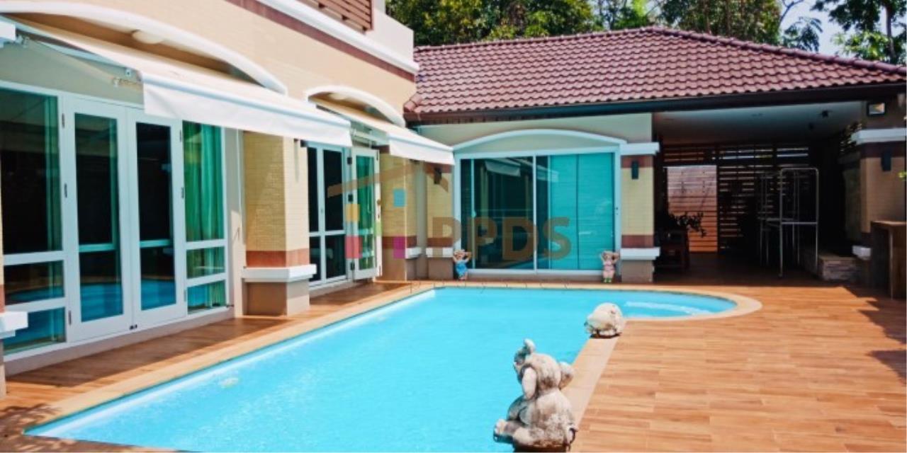 ราคาดี ขายเท่าราคาประเมิน! บ้านเดี่ยว 4 ห้องนอน พร้อมสระว่ายน้ำ ถนนศรีนครินทร์