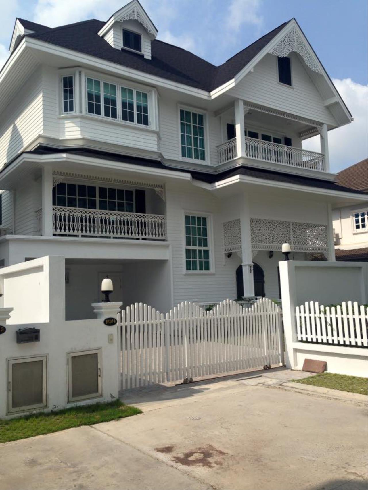 Extensive Single House for rent on Sukhumvit 107 (Bearing)