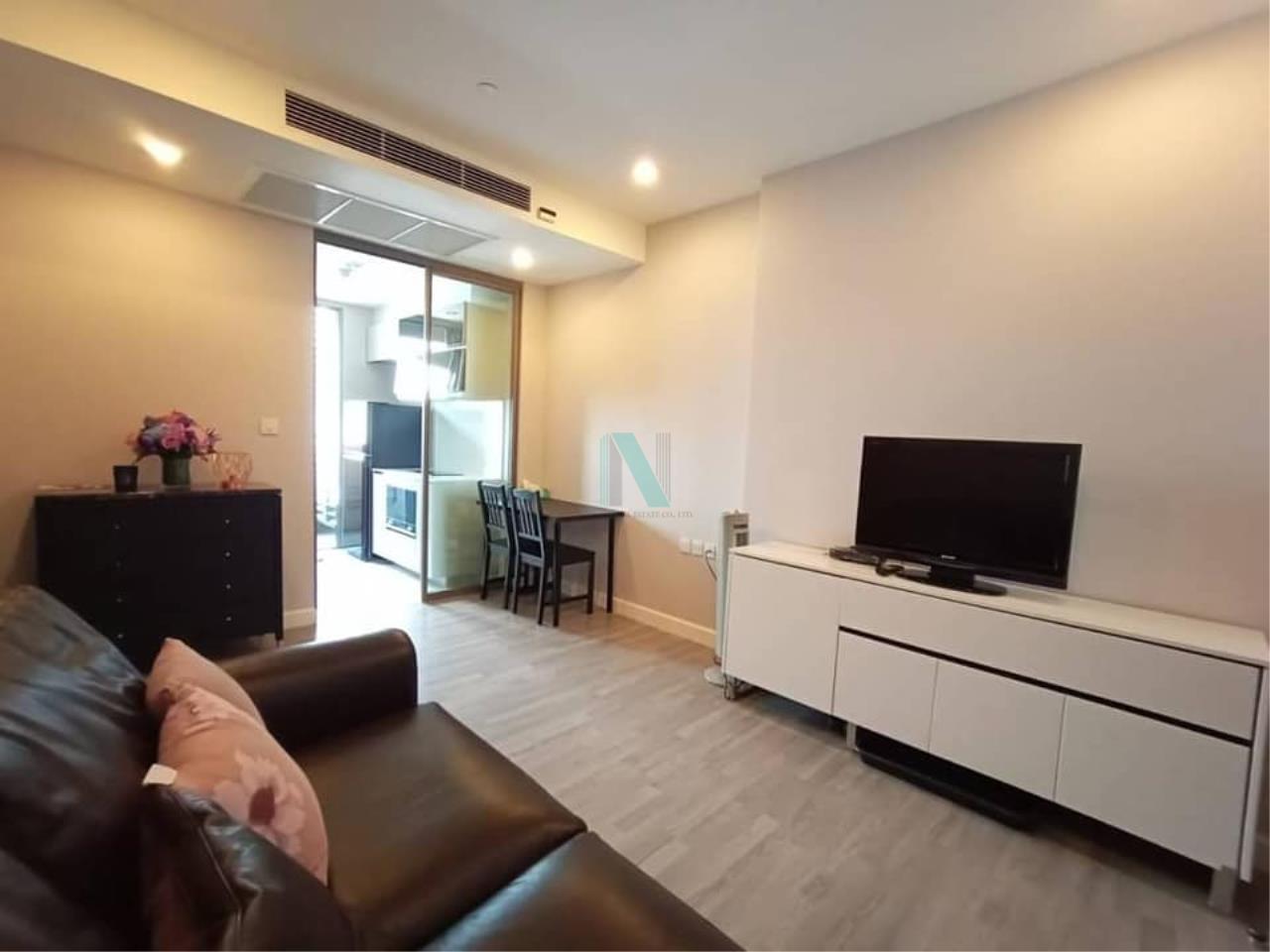 For rent The Room Rama 4 1 bedroom 27th floor near MRT Hua Lamphong